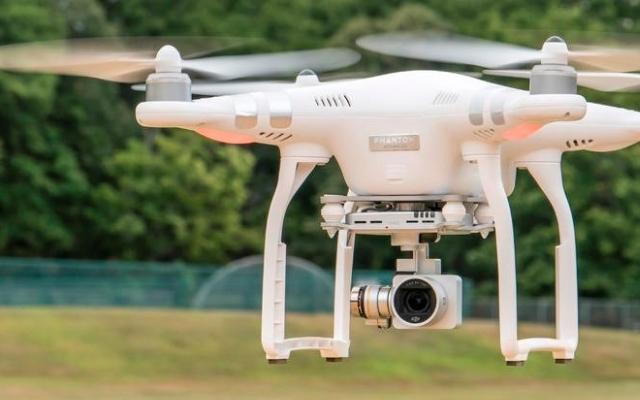 filmowanie dronem - wynajem drona z obsługą w Krakowie